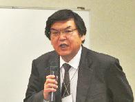 開会挨拶される泉谷 NEDIA 副会長