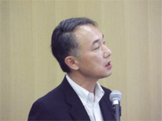 日産化学工業㈱  電子材料チー ムリーダー 佐々 氏