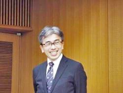 リコー電子デバイス㈱  工場長  藤川  氏